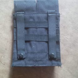 Mag_pouch_blk_R